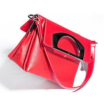 Christian Louboutin Passage手袋系列2014秋冬再添新色彩