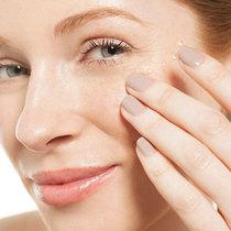 完美护肤方案帮你对抗3种不同类型的眼袋问题