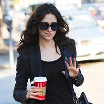 明星街拍出镜率最高,节日咖啡最温暖的记忆