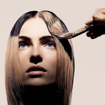 给头发改颜色 只有这样染发才不伤发质