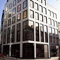 DSQUARED2伦敦旗舰店盛大开幕