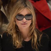 Burberry 2015春夏全新女士太阳眼镜及光学眼镜系列