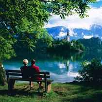 欧洲六大最美湖光山色 今夏不可错过