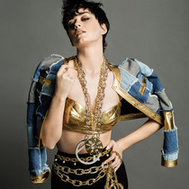 Katy Perry出镜Moschino 2015秋冬大片