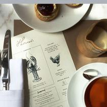 Burberry重扩摄政街旗舰店 THOMAS'S CAFE华丽揭幕