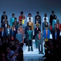 英国设计师品牌Paul Smith赞助清华学子赴巴黎时装周