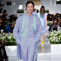 """""""中性""""一代 - 首尔的时尚信息"""