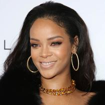 "Rihanna""挽救""了Puma?"