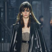 """Chanel 2015/16""""巴黎在罗马""""高级手工坊秀呈现永恒优雅"""
