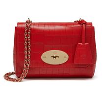 Mulberry推出标志性红色手袋庆祝中国新年