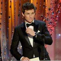 埃迪•雷德梅尼和妮可•基德曼佩戴欧米茄腕表出席第22届美国演员工会奖颁奖典礼
