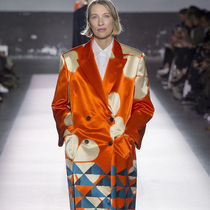 Suzy巴黎时装周:Dries Van Noten的百场大秀
