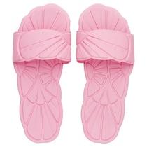 Miu Miu全新池畔拖鞋,轻踏夏日风情