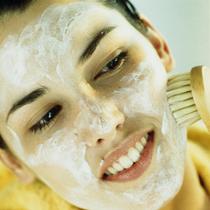 痘痘肌护肤时最容易犯这些错误-护肤&美体