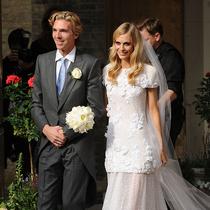 历史上最出名的女性们,结婚时都穿什么样的婚纱?-圈内名流