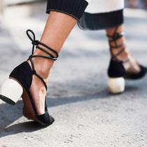 """3双凉鞋时髦一个夏天 """"鹌鹑蛋鞋跟""""太可爱了-新宠"""