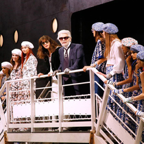 Chanel Cruise: Captain Karl is Inspired by the Sea-Suzy Menkes专栏