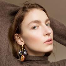 改变你对珠宝的新看法,这里是五位用纺织品创造奇观的珠宝设计师-时尚圈