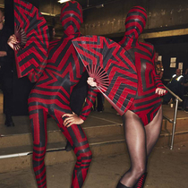 #SuzyLFW: The Lure of The 1980s And 1960s For Gareth Pugh And Halpern-Suzy Menkes专栏