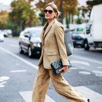 很難穿洋氣的燈芯絨 先從西裝入手不會錯-時尚街拍