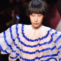#SuzyCouture: Jean Paul Gaultier: A Chinoiserie Take On French Couture-Suzy Menkes专栏