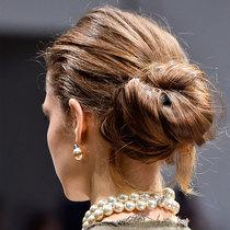 足以让您应对任何场合的四种专家级发型?#25913;?美发
