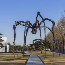 路易斯·布爾喬亞:蜘蛛女王的原生家庭夢魘,你看懂了嗎?-派對與盛事