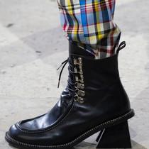 鞋后跟玩花样,时髦度不止提升一点点-衣Q进阶