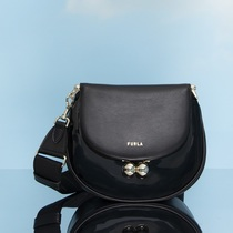 FURLA 2021秋冬系列 线上登陆米兰时装周  #FURLAILLUSIONS第三篇章-时尚圈