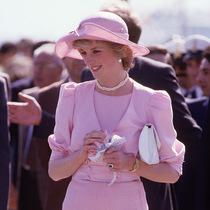 戴安娜 (Diana) 王妃偏愛粉色服裝的秘密-星秀場