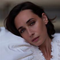 Netflix新劇《Halston》女主角Rebecca Dayan 采訪-我們愛電影
