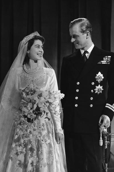 女王伊麗莎白二世的王室珠寶典藏