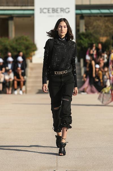 2020品牌女装排行榜_2020全球最有价值50个服饰品牌排行榜:安踏周大福上