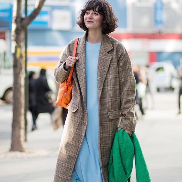 不出错的大衣搭连衣裙,怎么穿好看?