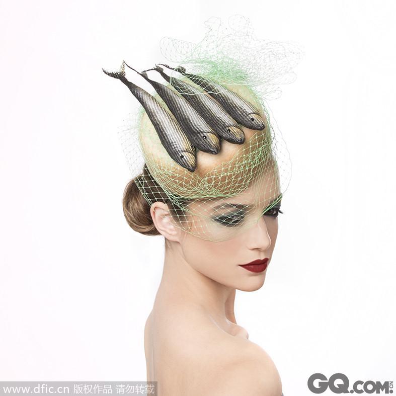 """设计出令人垂涎三尺的""""美食""""帽子,也算是能望梅止渴了吧。"""