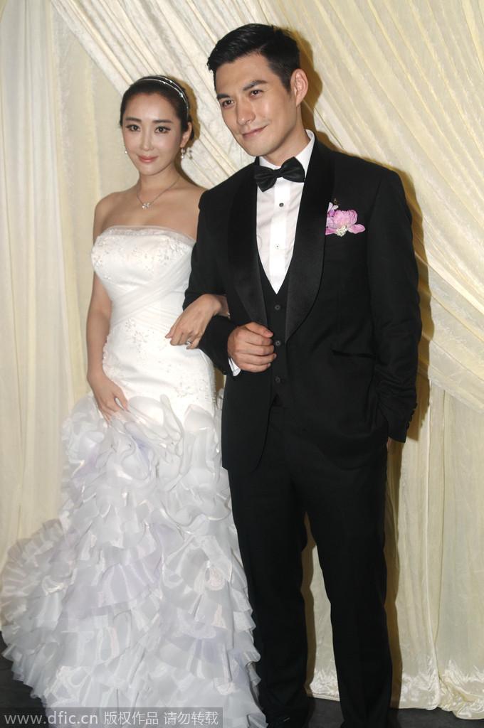 2014年4月19日,上海,严宽、杜若溪甜蜜大婚。