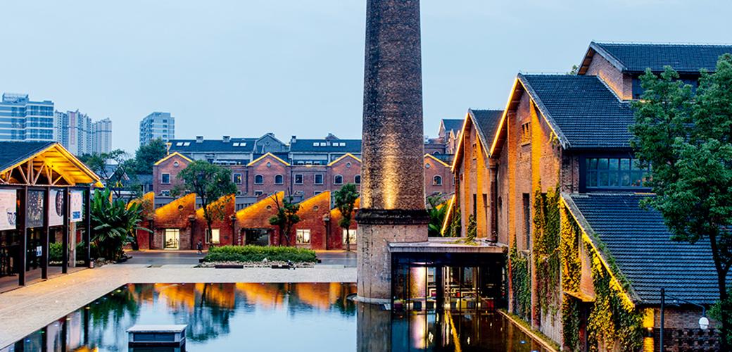 景德镇有个陶溪川,千年瓷都新地标