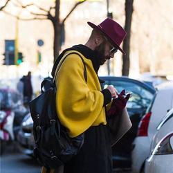 街拍中的人都从哪里汲取穿衣之道?
