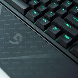 快感 是手与键盘的亲吻